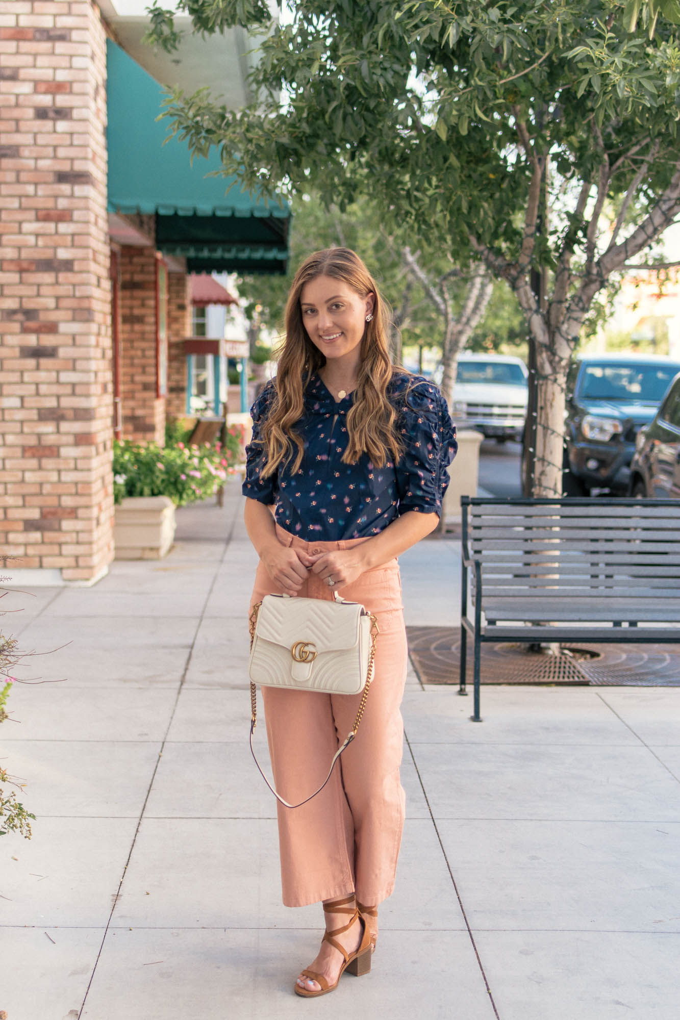 The White Bag You Need for Fall & Winter - www.HaleighHall.com