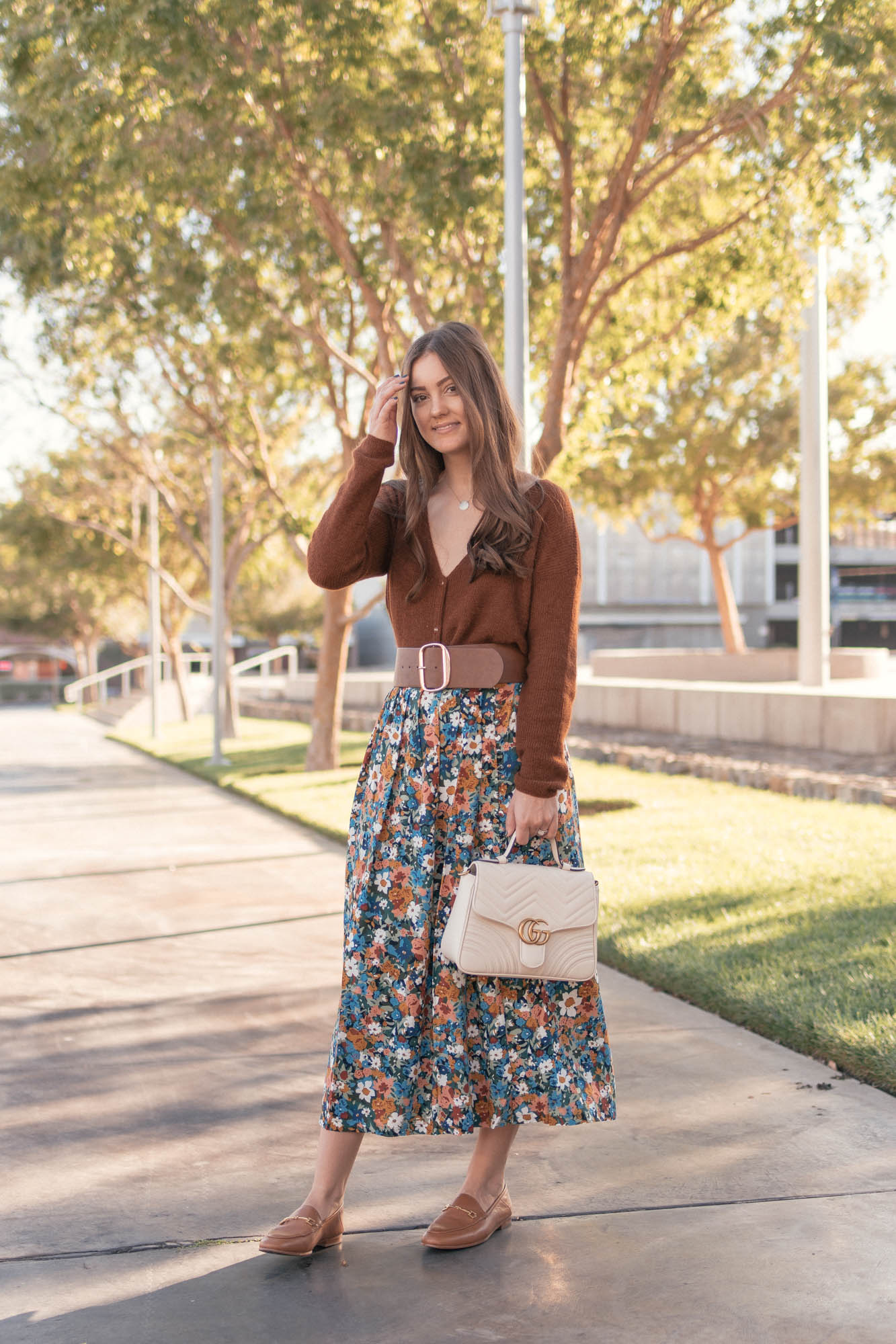 Florals in the Fall - www.HaleighHall.com