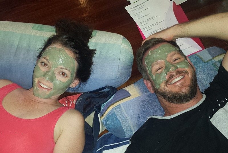 Chilling with an intensely energizing mask
