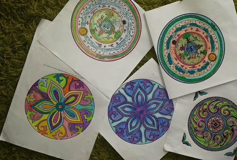 Mandala Colouring in