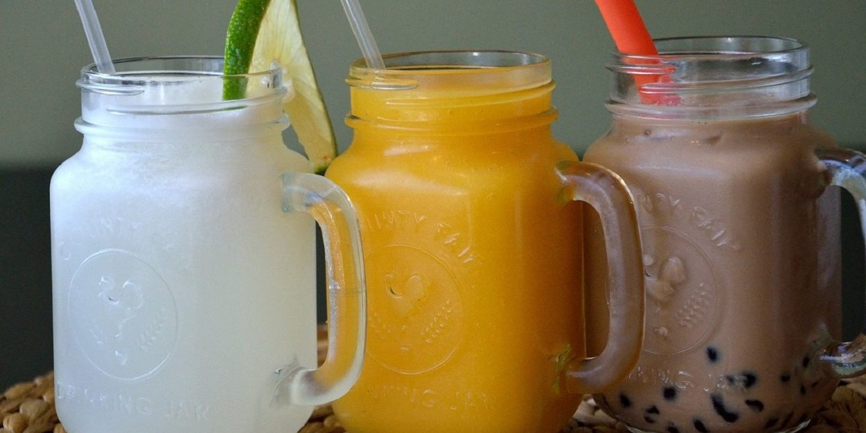 100% Natural and Freshly Made Smoothies