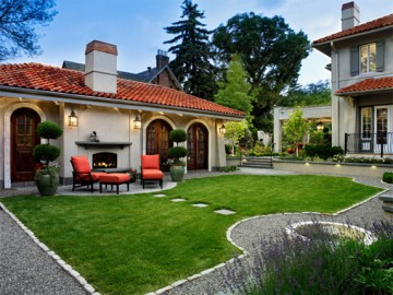 Stylish Hardscapes for Gardens with Pets