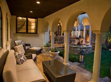 Cleverly Designed Outdoor Rooms for Entertaining