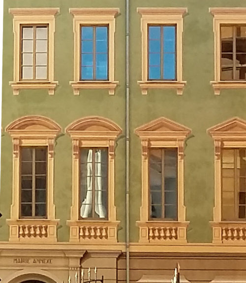 Trompe-l'oeil (optical illusion) art works in Nice, France