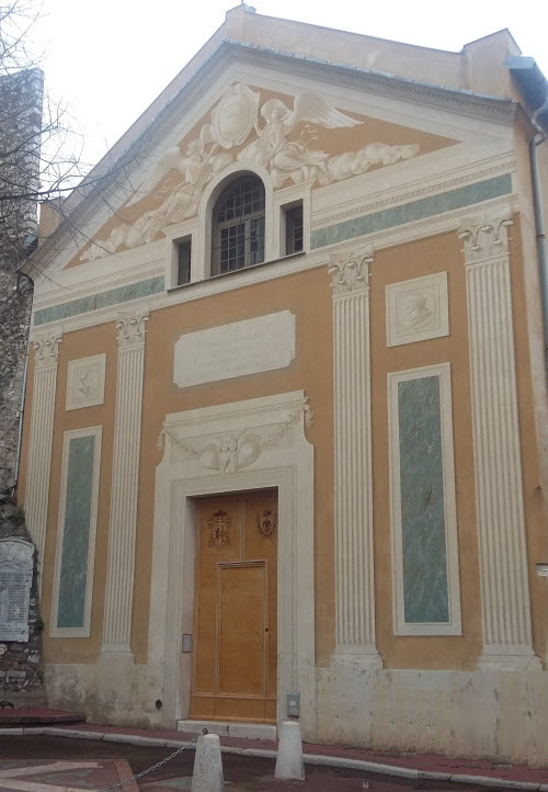 trompe-l'oeil church facade