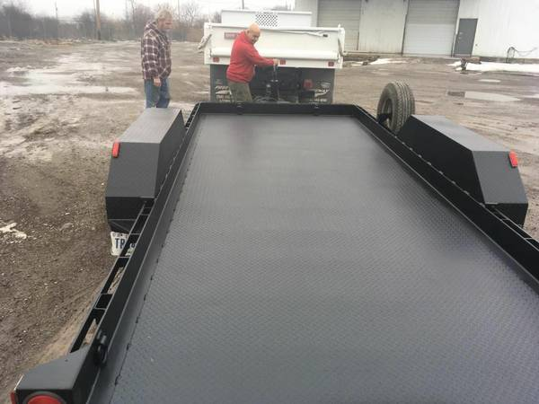 """"""" TRAILER EXPERTS"""" make your trailer look new again (chicagoland) $1"""