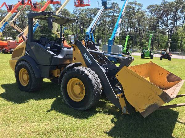 2017 John Deere 304K Compact Wheel Loader with WARRANTY (Call Toby 229-221-4493) $44900