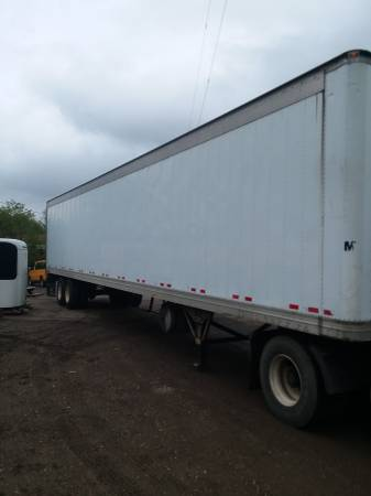 Semi Reefer Trailer 53' ( Reefer Unit Removed ) (1562 Wood Ave. S.E. East Canton, Ohio) $4500