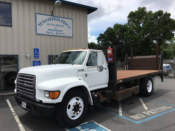 Ford F series 16 ft Flat Bed With Lift Gate 5.9 Cummins 26,000 lb  GVW (woodbridge) $6500