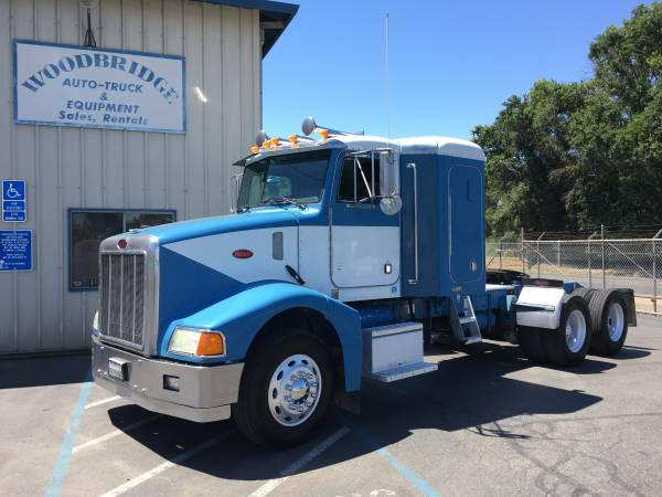 "Peterbilt 385 3 Axle Tractor With Tag Axle 36"" Unibilt Sleeper (woodbridge) $21500"