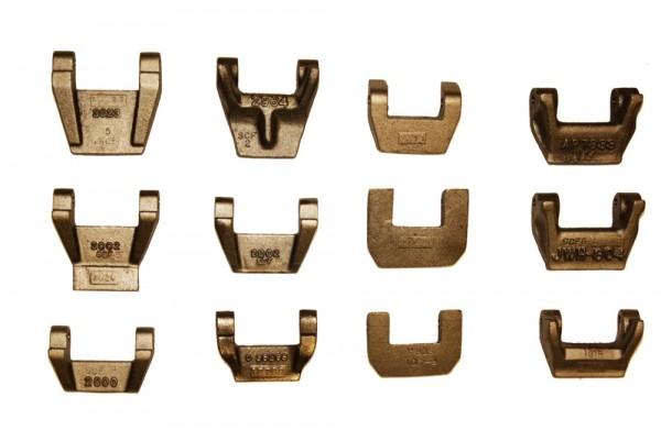 Cast iron fingers for bottom plates