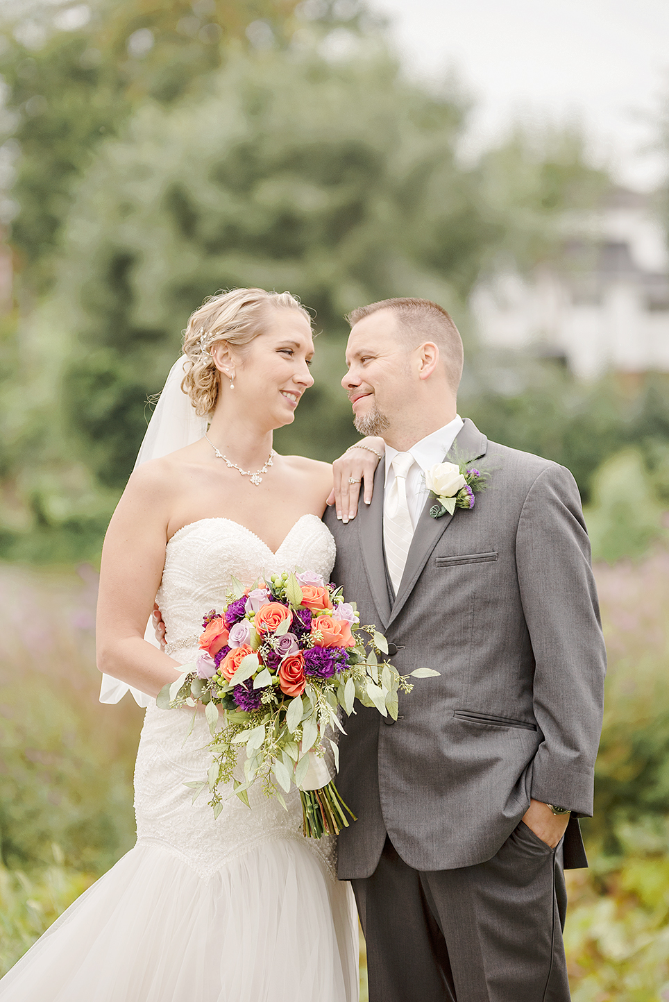 LINDSAY-ADKINS-PHOTOGRAPHY-MICHIGAN-WEDDING-PHOTOGRAPHER-THE-OLD-MILL-DUNDEE