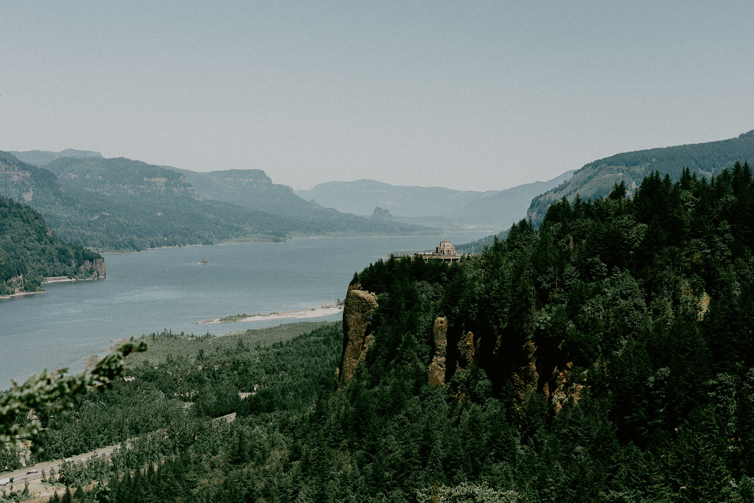 Image of Columbia River and Vista House in Portland