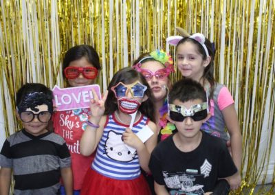 Photo Booth Fun with Bling it on Parties (4)