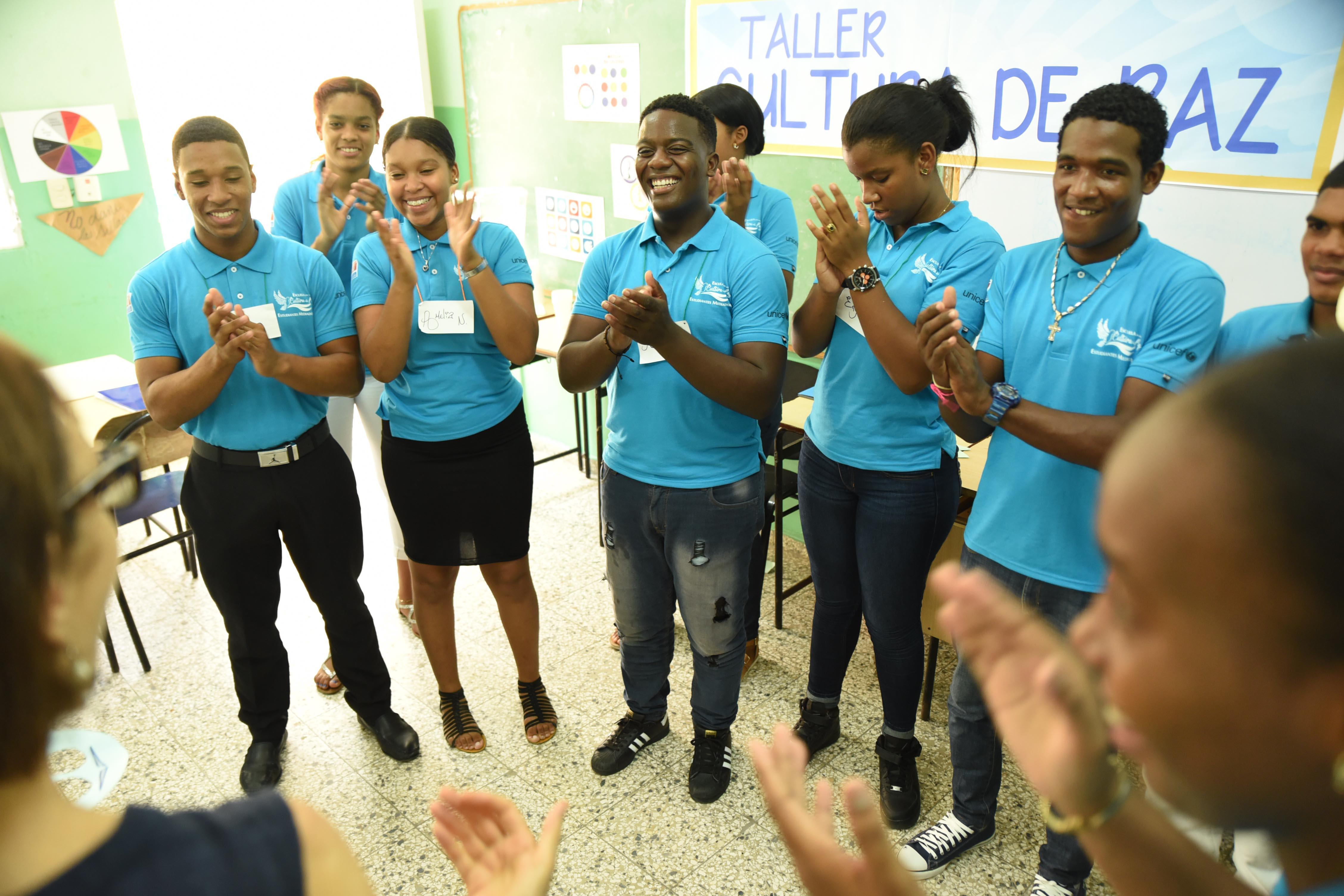 MINERD y UNICEF capacitan estudiantes como mediadores de conflictos en las escuelas