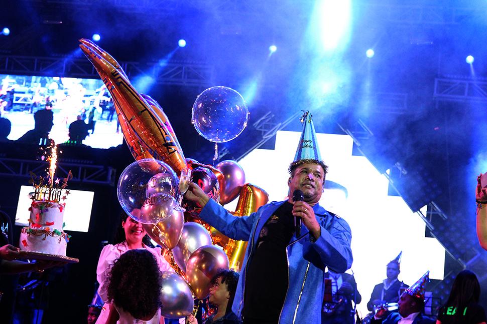 Héctor Acosta El Torito navegó con éxitos.