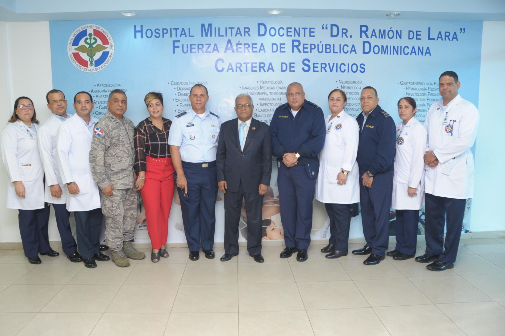La plana ejecutiva del Ramón de Lara recibió al ministro de salud