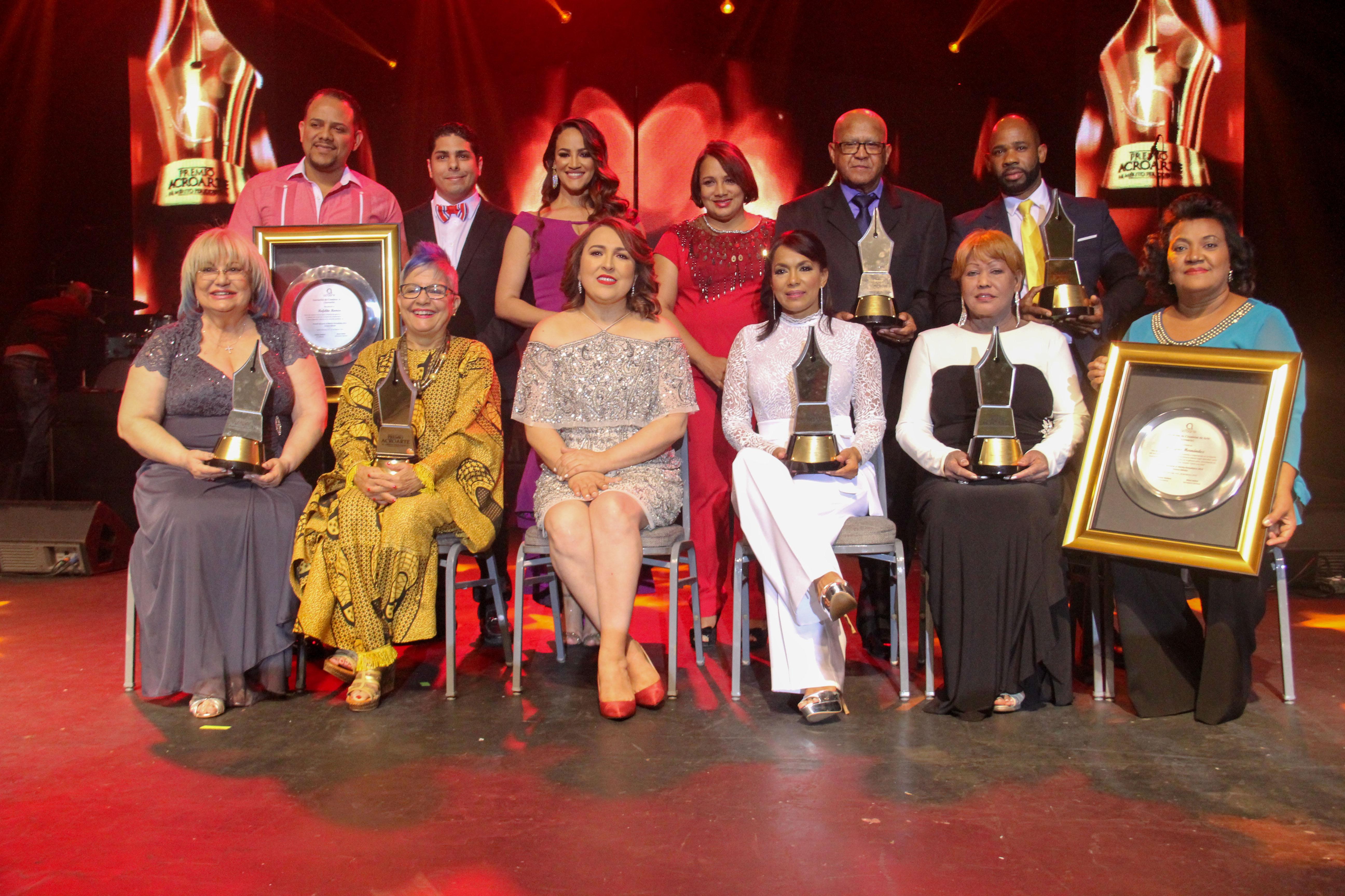 Emotiva celebración de la Gala del Premio Acroarte al Mérito Periodístico