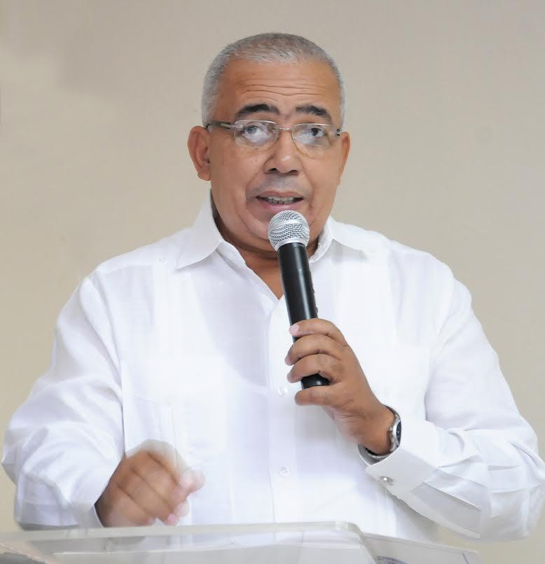 Sixto Peralta presidente de la CCPPP