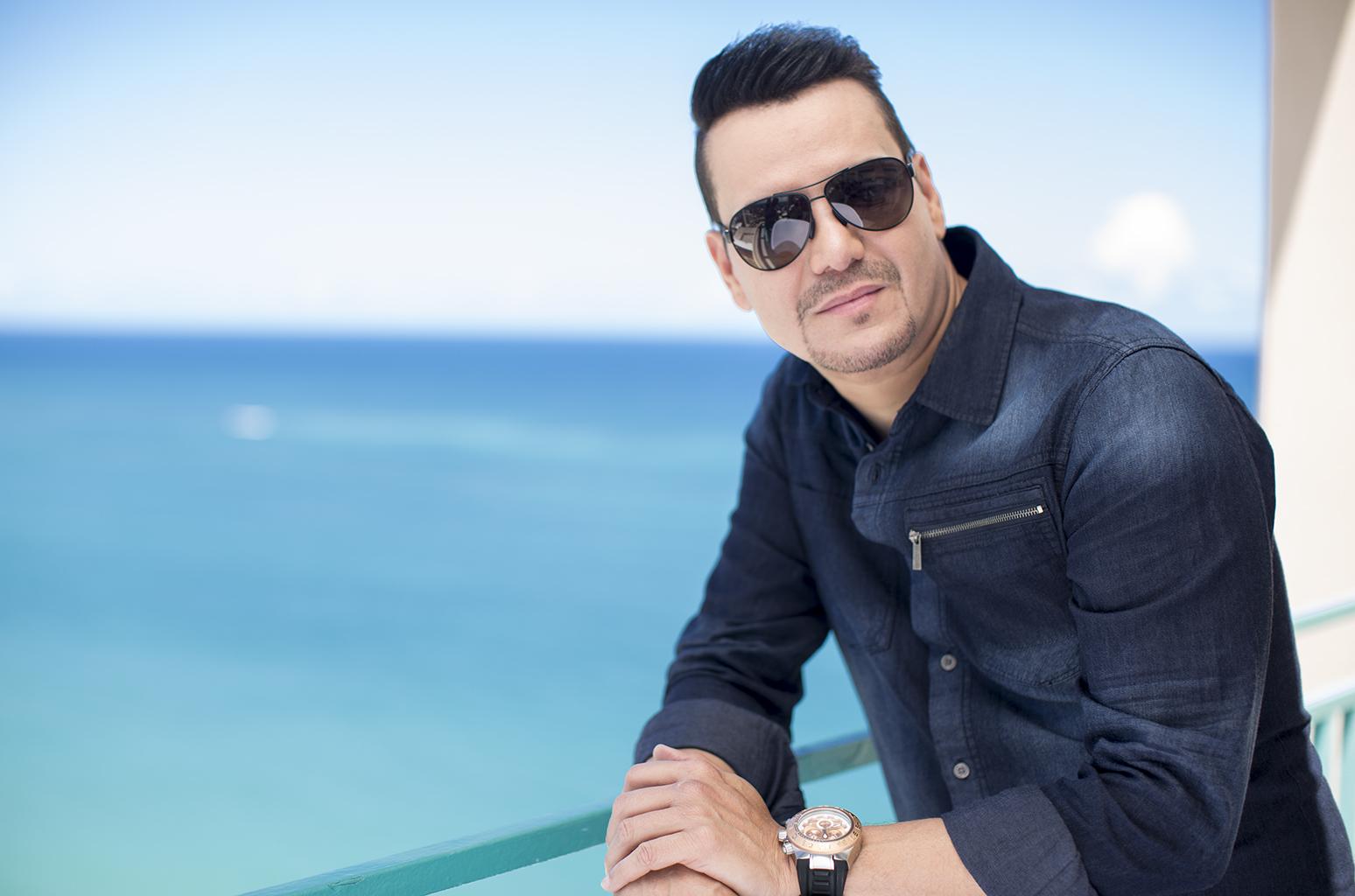 Raulín Rodríguez celebrará en grande 30 años en la música