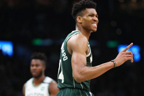 NBA: Milwaukee logra segundo triunfo.