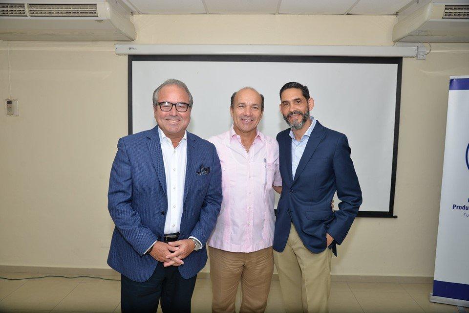 Puerto Plata realiza almuerzo empresarial con asesor financiero Emile De Boyrie