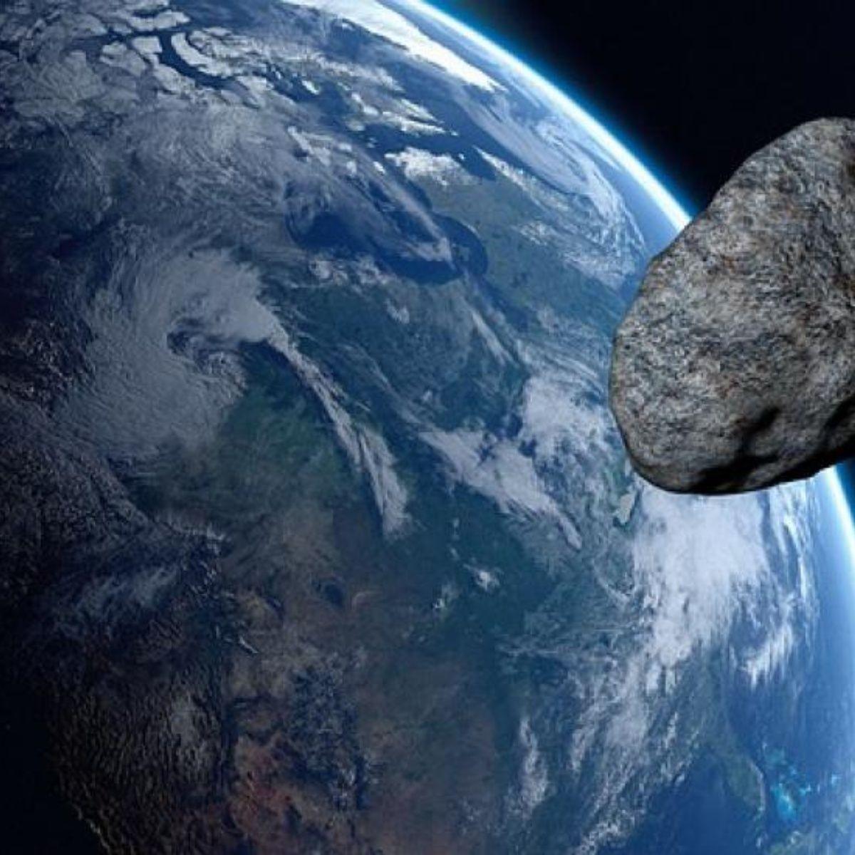 """Sigue EN VIVO el paso del asteroide """"potencialmente peligroso"""""""