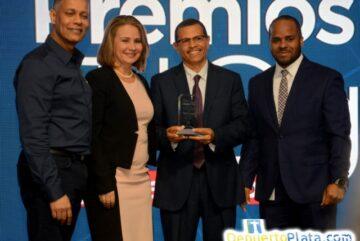 OPTIC reconoce al MICM por mayor avance en servicios en línea
