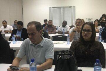 Pro consumidor y AIPARC realizan taller con procesadores de agua