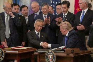 """EEUU y China firman """"trascendental"""" acuerdo"""