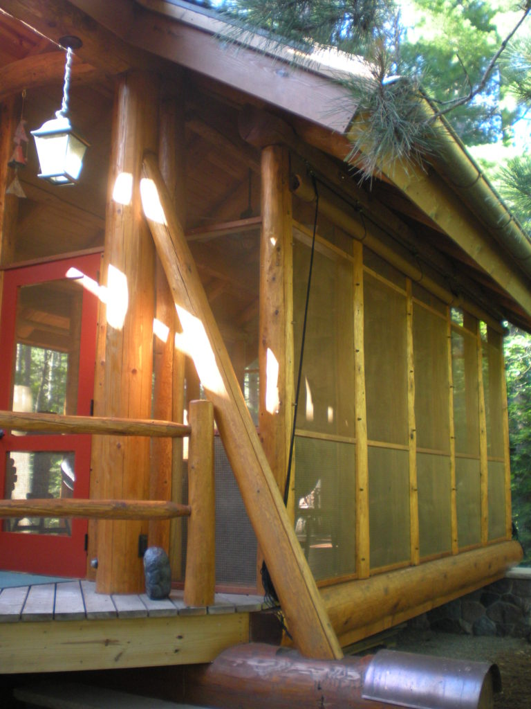Custom log screen house gazebo