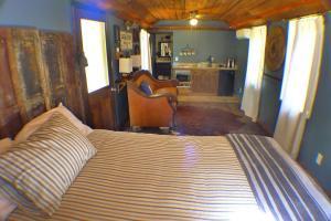 Hazzard Mine Cabin #7 Sleeps 1-3