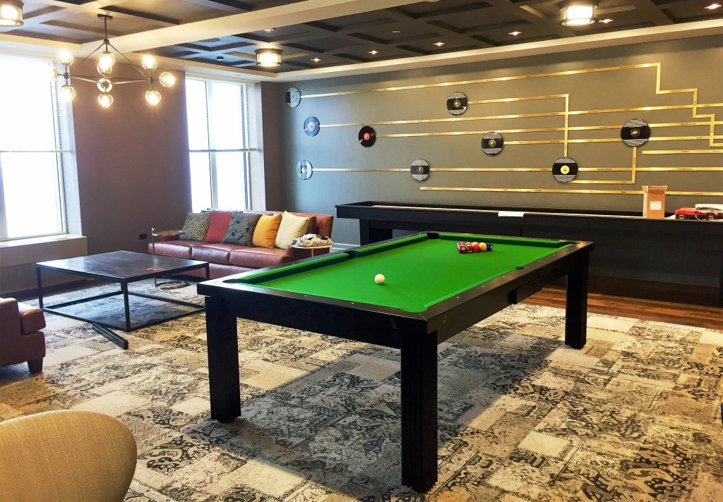Convertible dining pool fusion table Toledo by Vision Billiards