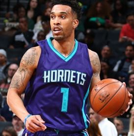CourtneyLee-Hornets