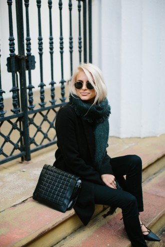 The Holy City Charleston Recommendations black on black street style 2016 // Fashion Blogger Dannon Like The Yogurt