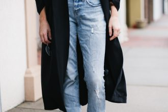 90's Throwback denim mom jeans white t shirt ankle boots street style fall autumn trends 2016 // Charleston Fashion Blogger Dannon Like The Yogurt