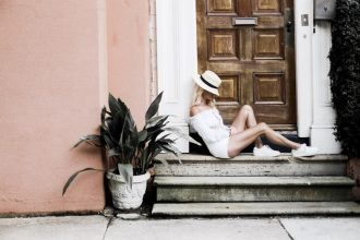 Second Sunday Majorelle Sangria Top dusty blue high waist shorts boater hat 1950s inspired oversized sunglasses european italian style platinum blonde hair spring southern street style downtown // Charleston Fashion Blogger Dannon Like The Yogurt