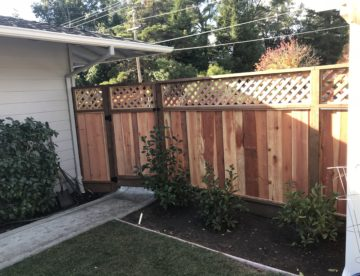 6' High Redwood Privacy Fence with Lattice
