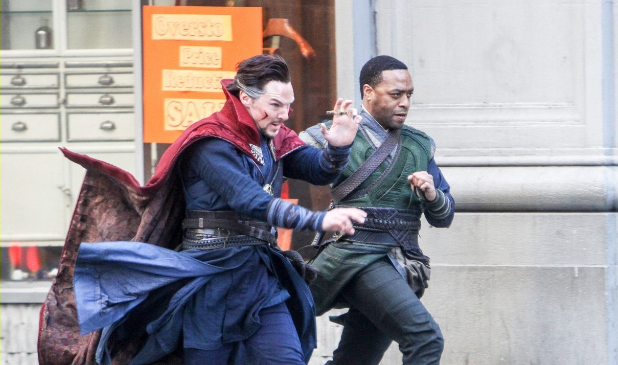April 3, 2016: Chiwetel Ejiofor,Benedict Cumberbatch on the set of 'Doctor Strange' filming on location in New York City. Mandatory Credit: Roger Wong/INFphoto.com Ref: infusny-146