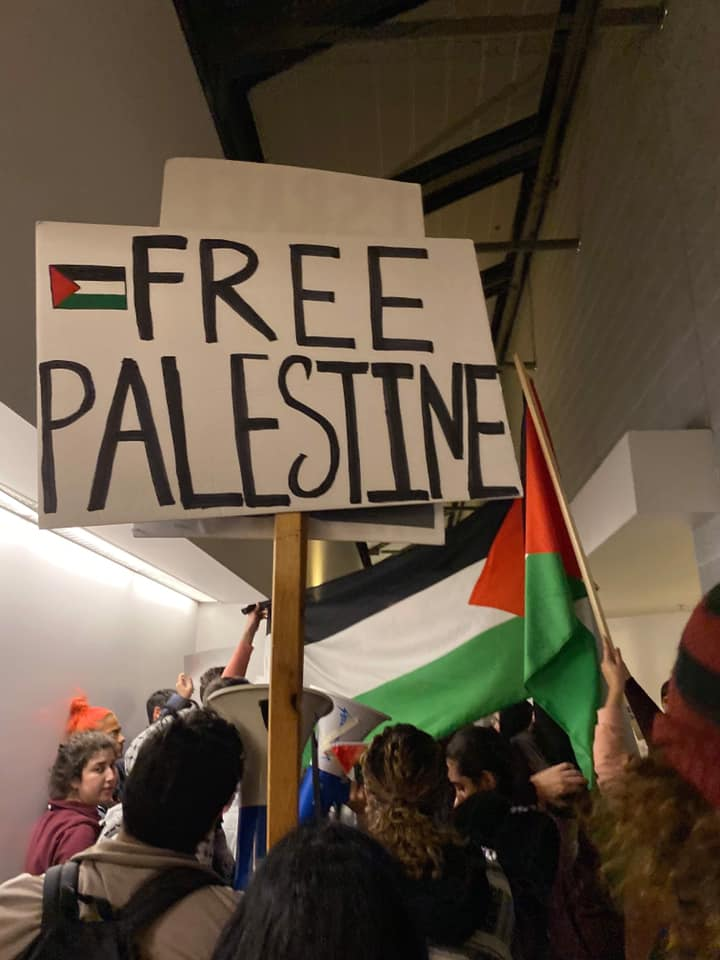 Tell PM Justin Trudeau: Stop slandering Palestinian students!