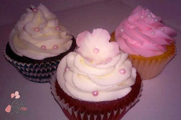 Pink Flower Pearl Cupcakes