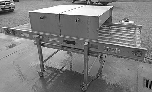 Sanitizing Conveyor (4)