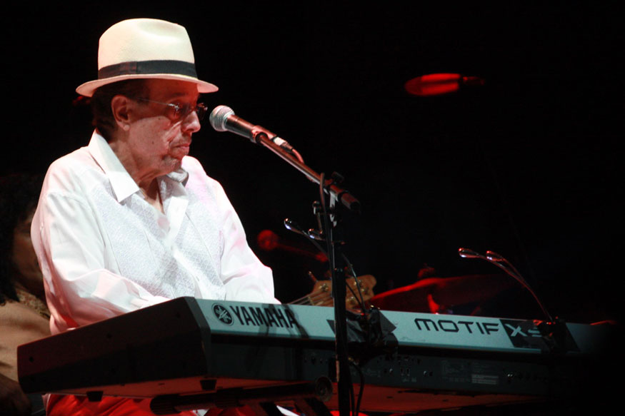 PHOTO 10 - Sergio Mendes - Moderno
