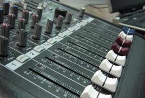 studio quality dubstep maker