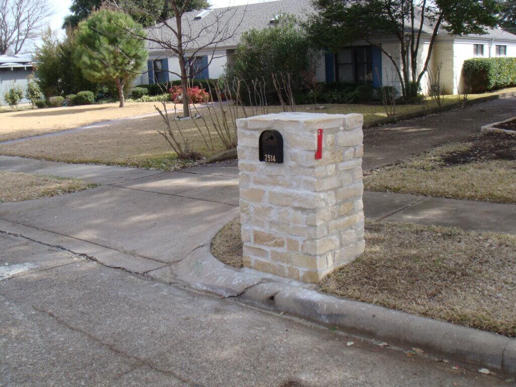 StoneMailbox