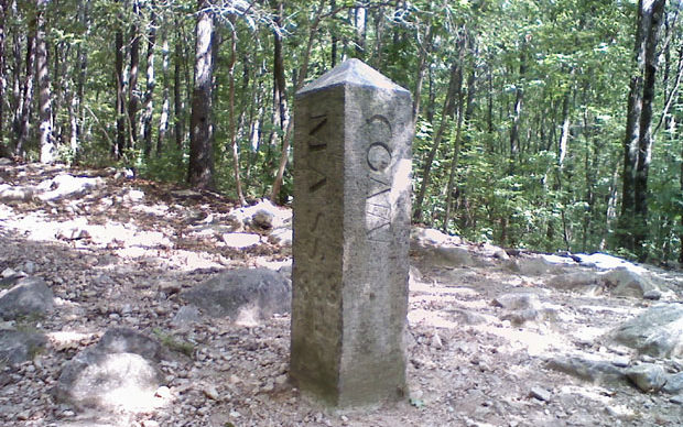 5 Mile hike to Tri-state marker