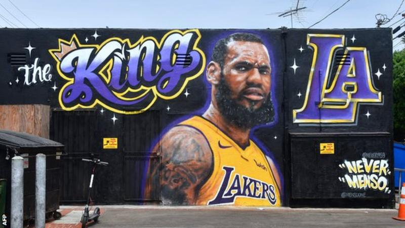 LeBron James: LA Lakers officially sign three-time NBA champion