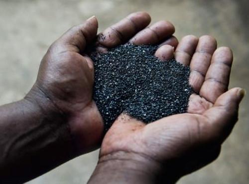 Rwandan miners to grab tantalum's real cost
