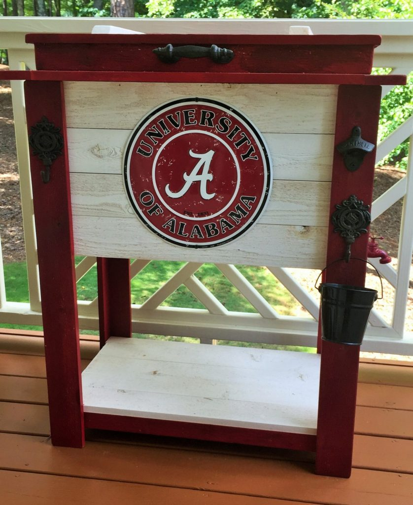 sports-themed-rustic-wooden-cooler