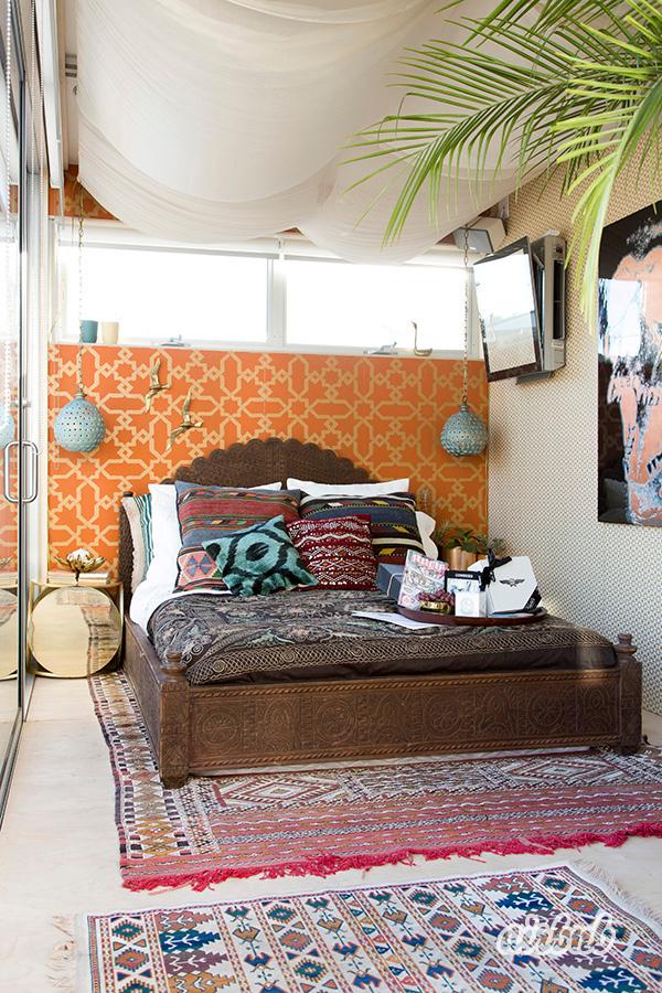 Airbnb HelloLA